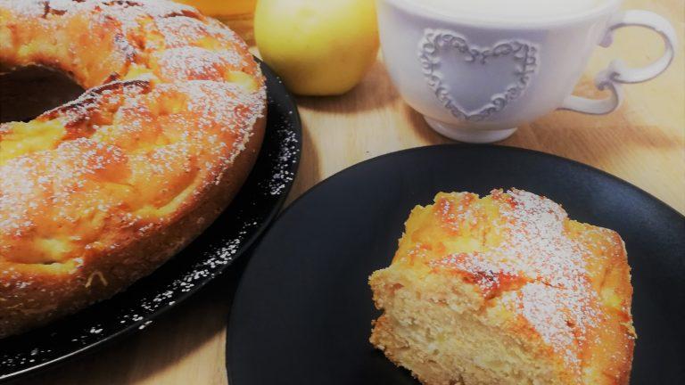 Colazione con…Ciambella mele e miele