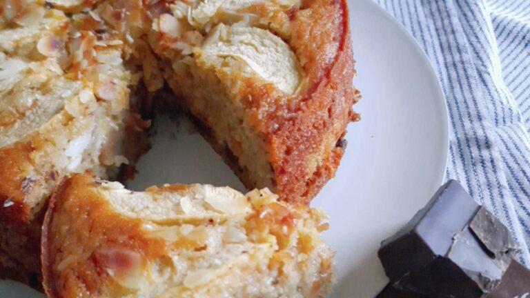 Colazione con…Torta mele, cioccolato e frutta secca