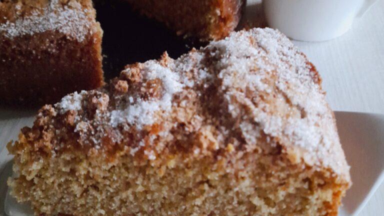 Colazione con…torta integrale agli amaretti